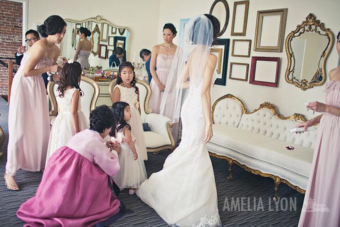 adrienne_jeffrey_wedding_longbeach_theloftonpine_amelialyonphotography_011.jpg