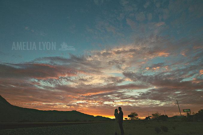 dinosaur_engagement_portraits_desert_windmills_amelia_lyon_photography0026.jpg