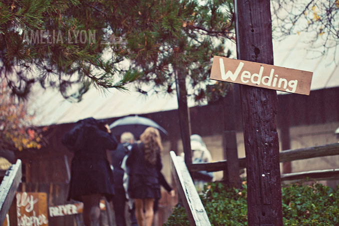 oakglen_wedding_winter_rileys_farm_amelia_lyon_photography_0026.jpg