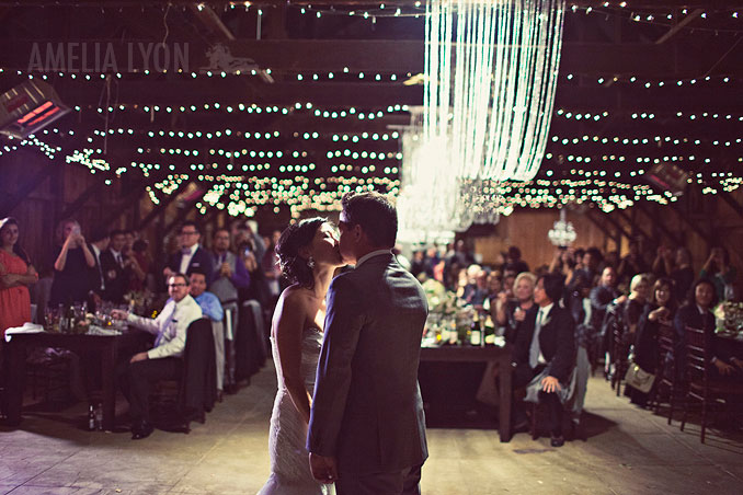 oakglen_wedding_winter_rileys_farm_amelia_lyon_photography_0052.jpg