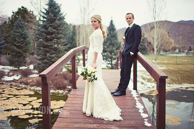 winter_bridal_portraits_utah_bride_0002.jpg