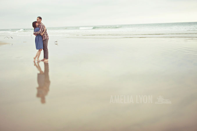 engagementsession_newportbeach_california_pier_amelialyonphotography_011.jpg