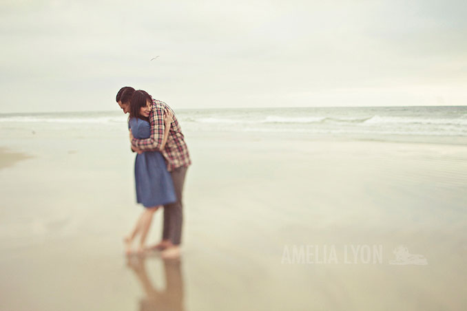 engagementsession_newportbeach_california_pier_amelialyonphotography_012.jpg