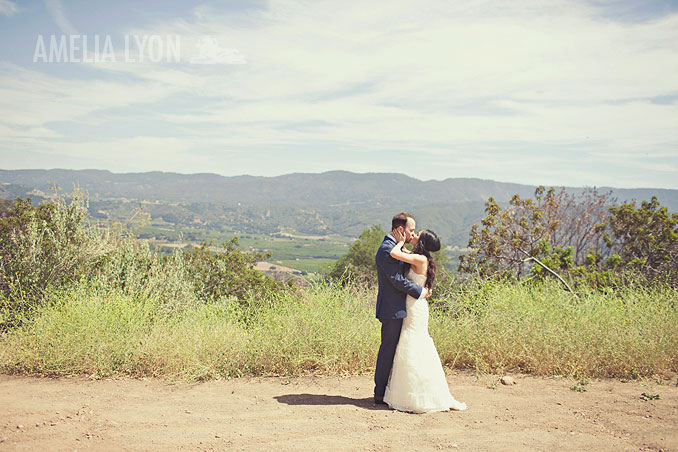 ojai_wedding_californiawedding_amelialyonphotography_gbwed_colorfulwedding_012.jpg