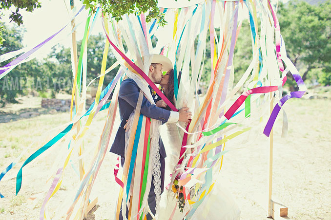ojai_wedding_californiawedding_amelialyonphotography_gbwed_colorfulwedding_024.jpg