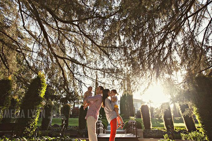 pasadena_familyportraits_amelialyonphotography_edrisfamily_008.jpg