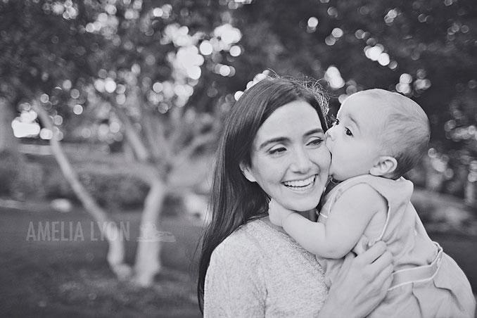 pasadena_familyportraits_amelialyonphotography_edrisfamily_016.jpg