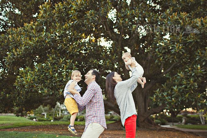 pasadena_familyportraits_amelialyonphotography_edrisfamily_024.jpg