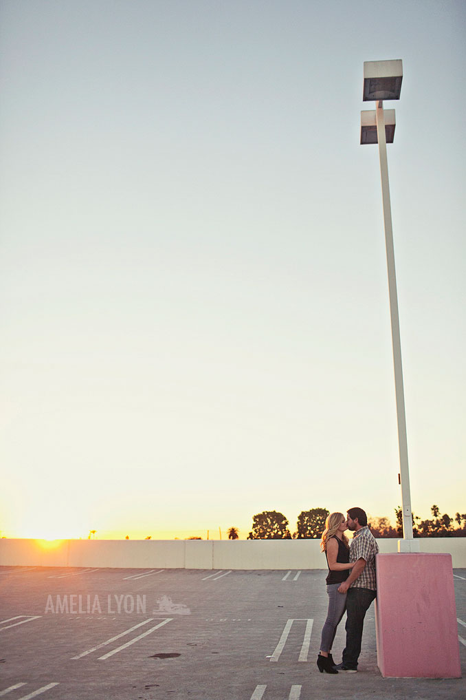 portraits_parkinggarage_amelialyonphotography_engagement_0016.jpg