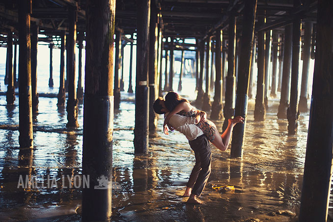 santa_monica_pier_engagement_session_Los_Angeles_Amelia_Lyon_photography_TSeng010.jpg
